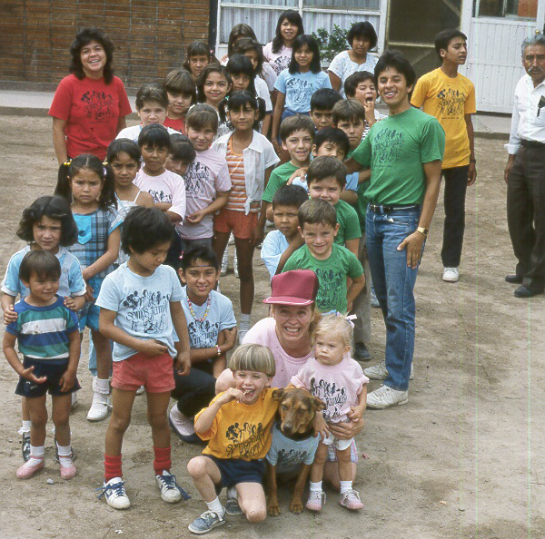 Yvonne and children in mexico in 1987
